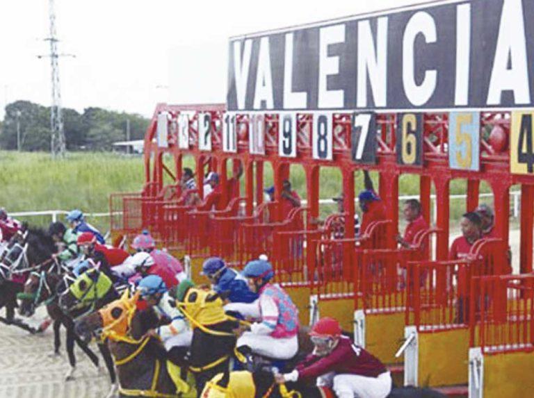 Se da la Partida para las carreras de Valencia