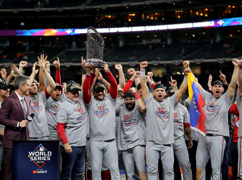 Los Nats recibieron sus anillos de campeones