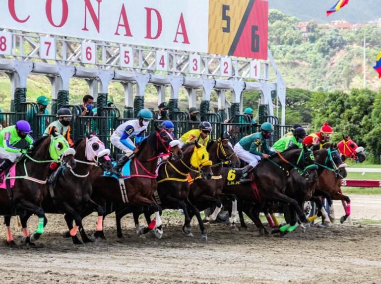 Resultado de las carreras del domingo en La Rinconada