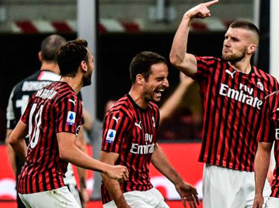 La Juventus cae ante el Milan y no sentencia la Serie A