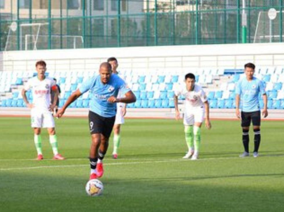Salomón Rondón se reencontró con el gol en partido amistoso