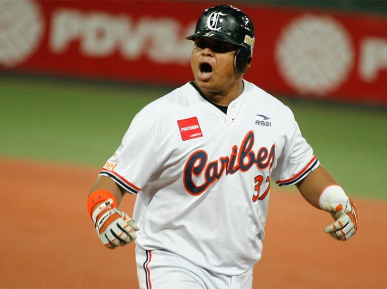 Astudillo bombed Magallanes