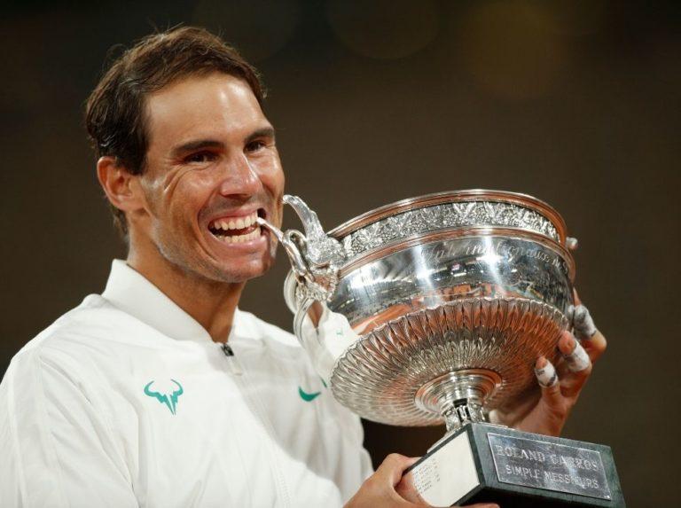 Nadal may dethrone Federer at his favorite Roland Garros