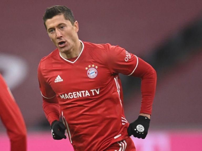 Lewandowski terminó primera vuelta de la Bundesliga con 22 tantos