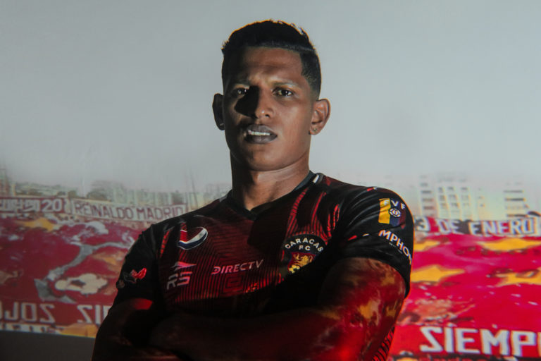 Edson Castillo becomes the first discharge from Caracas