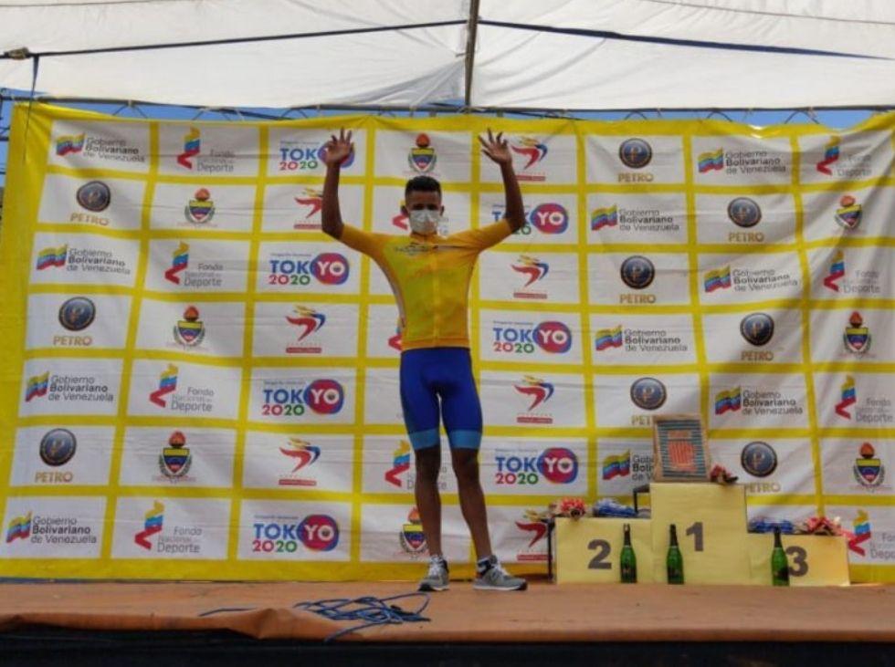 Roniel Campos se impuso en la segunda etapa y es líder