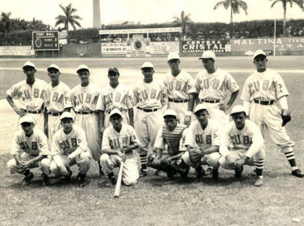 Columna Tripleplay por Humberto Acosta. Análisis del béisbol en Venezuela y en el mundo.
