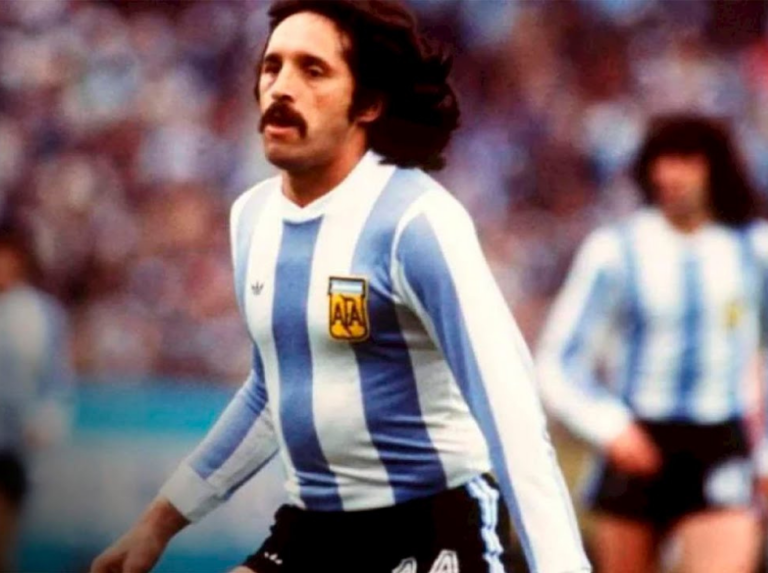 Leopoldo Luque, champion with Argentina 78, passed away