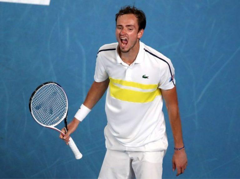 Medvedev y Zverev pierden en primera ronda de Róterdam