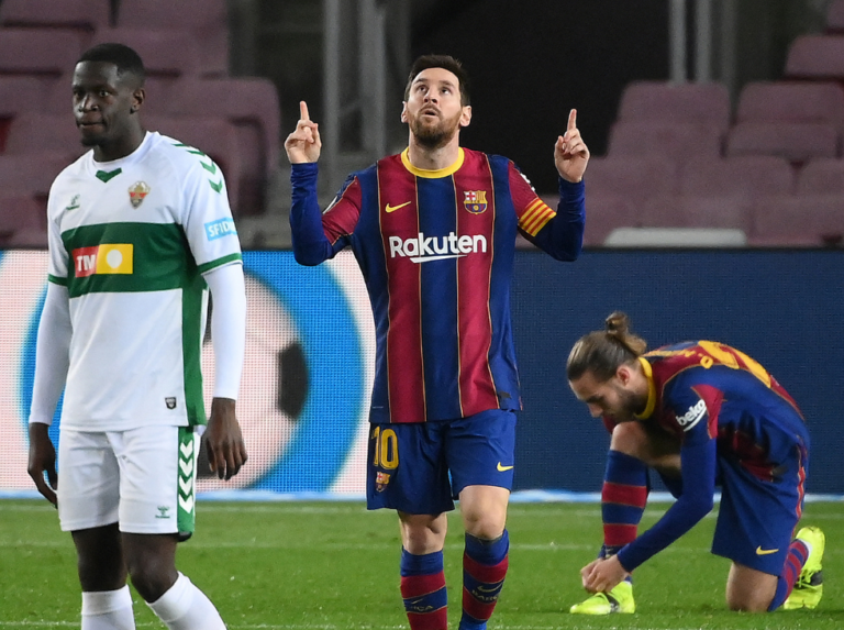 Messi leads Barcelona to victory against Elche