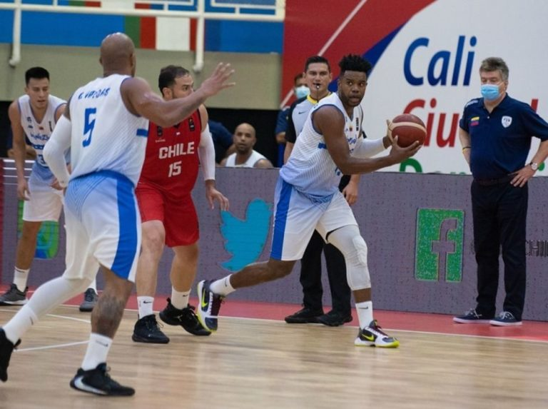 Another victory for Los Guerreros del basketball