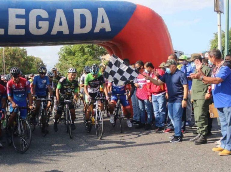 Roniel Campos se impuso en carrera Lara-Yaracuy