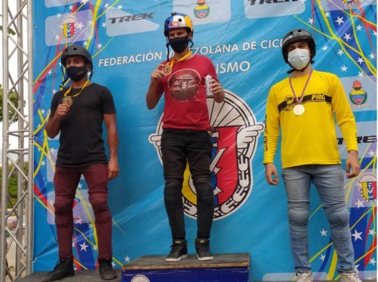 Daniel Dhers arrasó en campeonato nacional de BMX FreeStyle