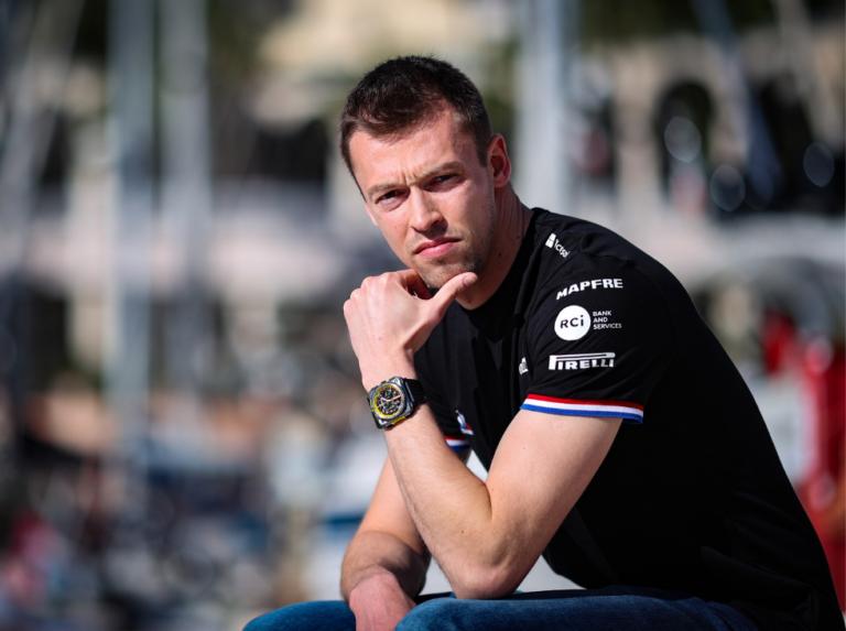Daniil Kvyat será el piloto reserva de Alpine