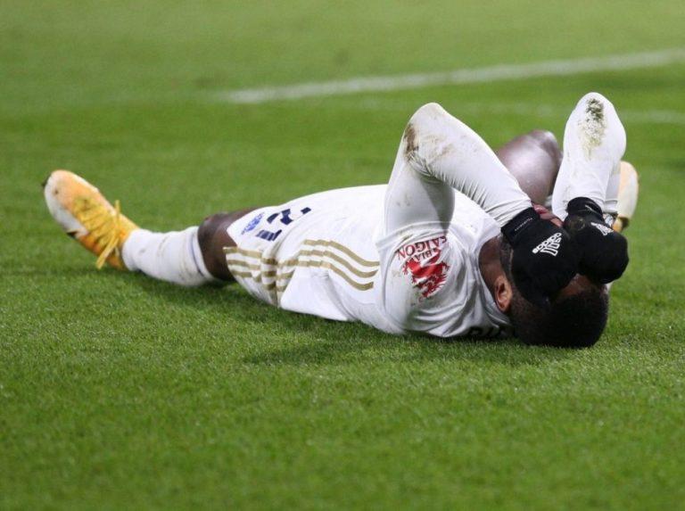 Leicester no pasó del empate con el Burnley